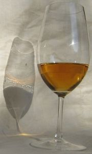 Sweet wine picture Wikipedia